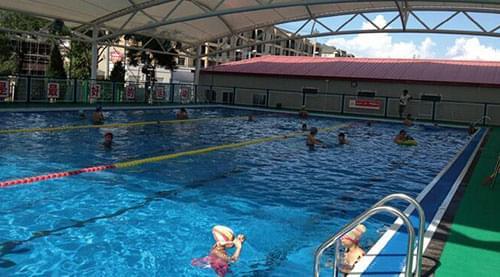 组装游泳池与传统游泳池相比有很大的优势