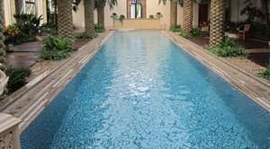 温泉水疗池遇到油脂和泡沫该怎么处理?
