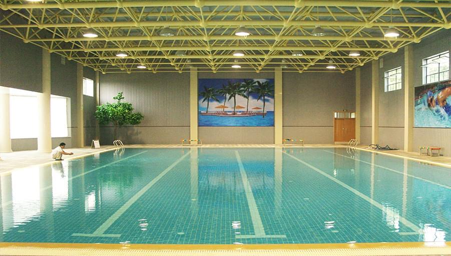 泰安二中游泳馆