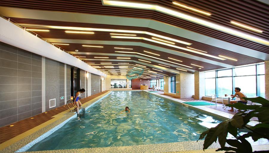 山东济南市园博园生态示范基地游泳馆